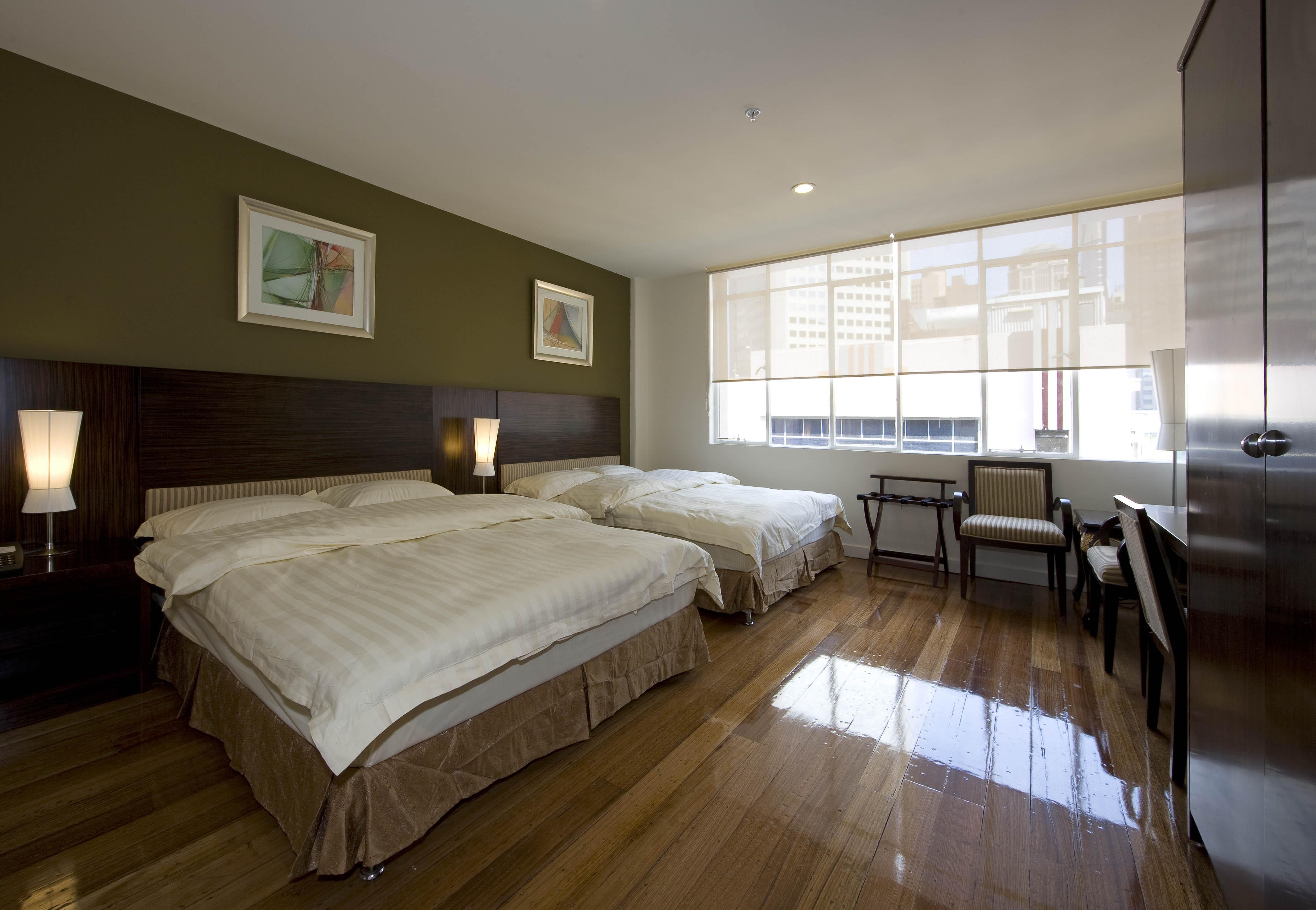 Yti Garden Hotel Melbourne Reviews
